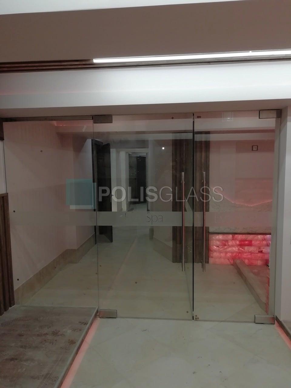 Дверь и перегородки в EVA SPA
