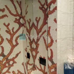 Облицовка зеркалом ниши в ванне