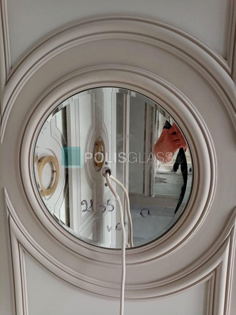 круглое зеркало с фацетом
